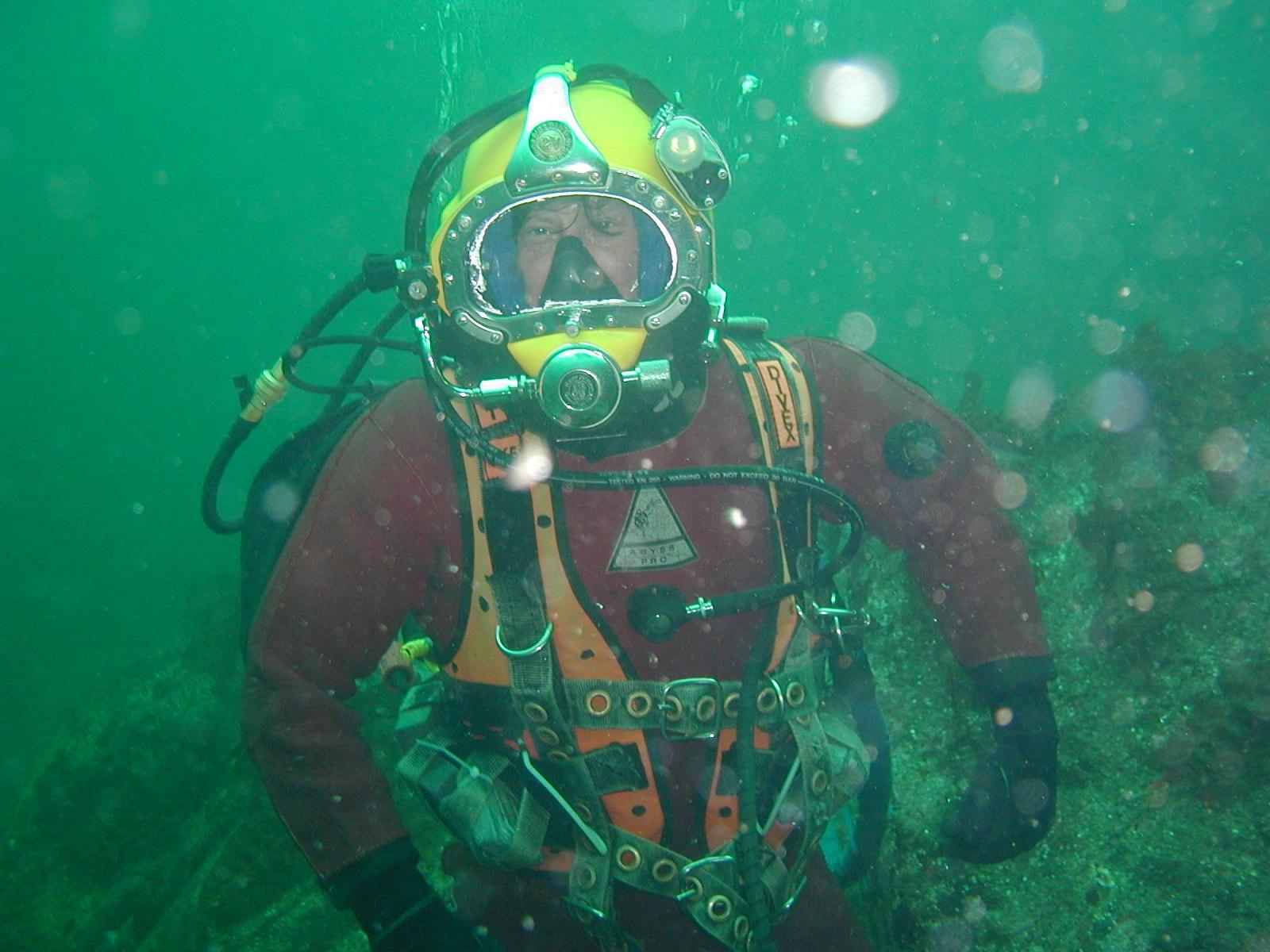 вот подводный костюм картинки капуцин, апелла
